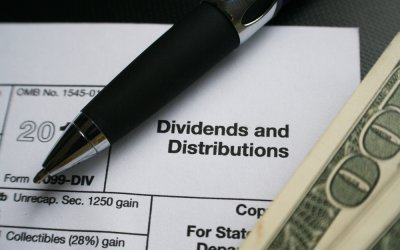 How to Make a Living Through Investing Dividends